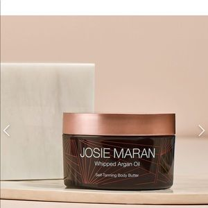 Josie Maran whipped Argan oil self tanning body bu